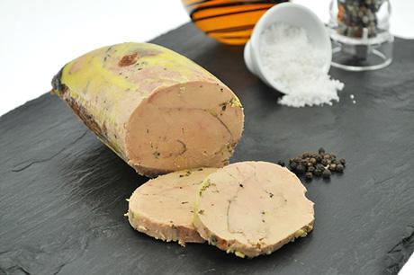 Lobe de foie gras de canard mi-cuit recettes alcool et épices